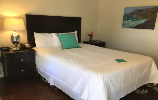 Beach Bungalow Inn & Suites: Queen Accessible